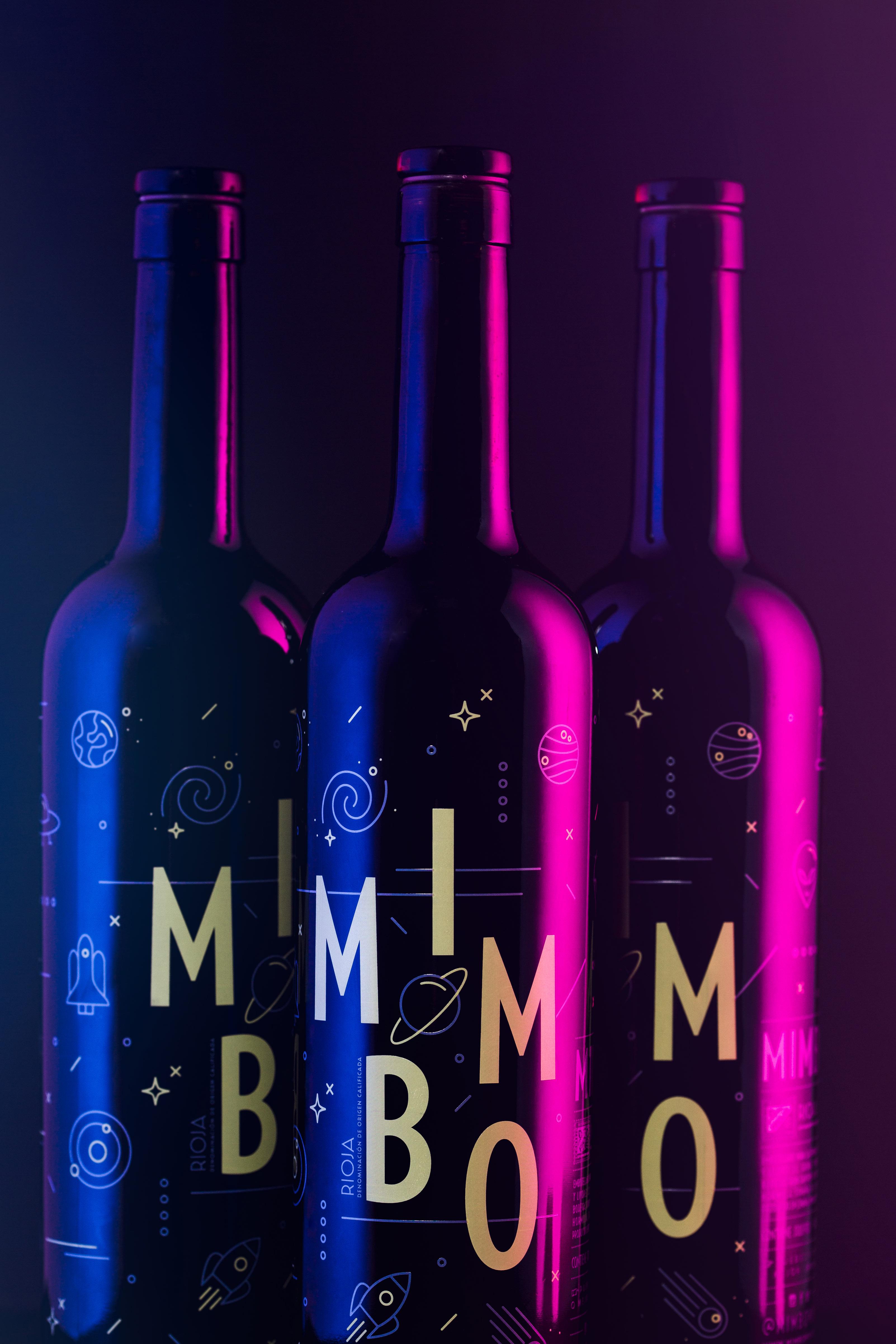 Fotografia de Producto Zaragoza Publicidad Vino Mimbo Tres Botellas detalle