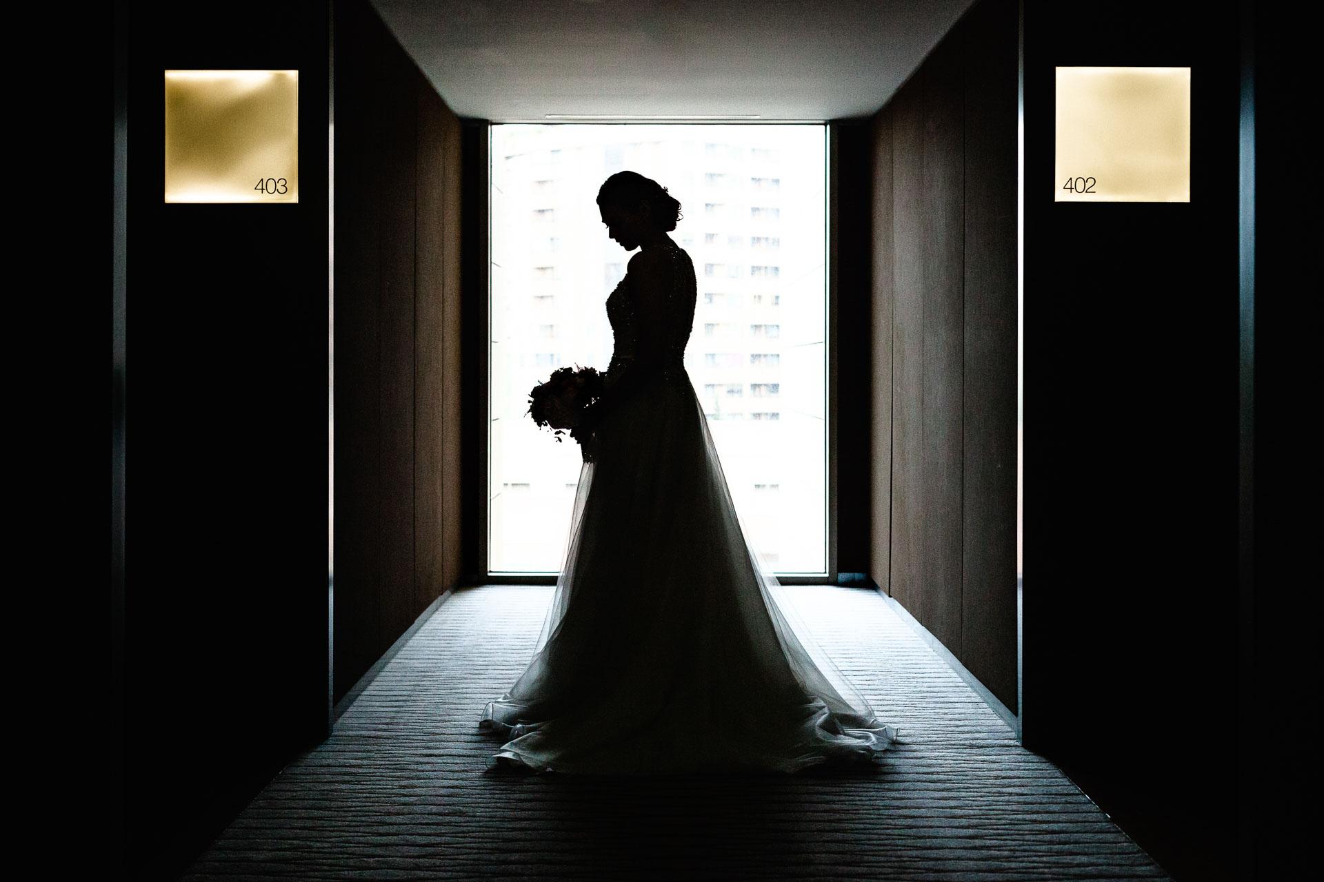 Boda Zaragoza Hotel Reina Petronila, Preparativos Novia Retrato a Contraluz