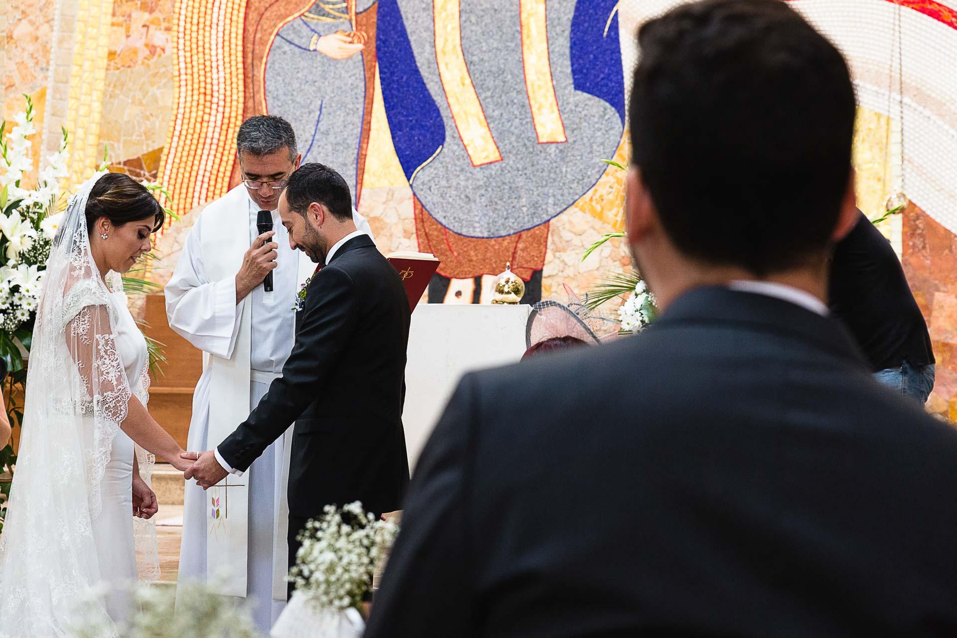 Boda Santa Maria Madre De la Ilglesia Zaragoza Ceremonia Manos