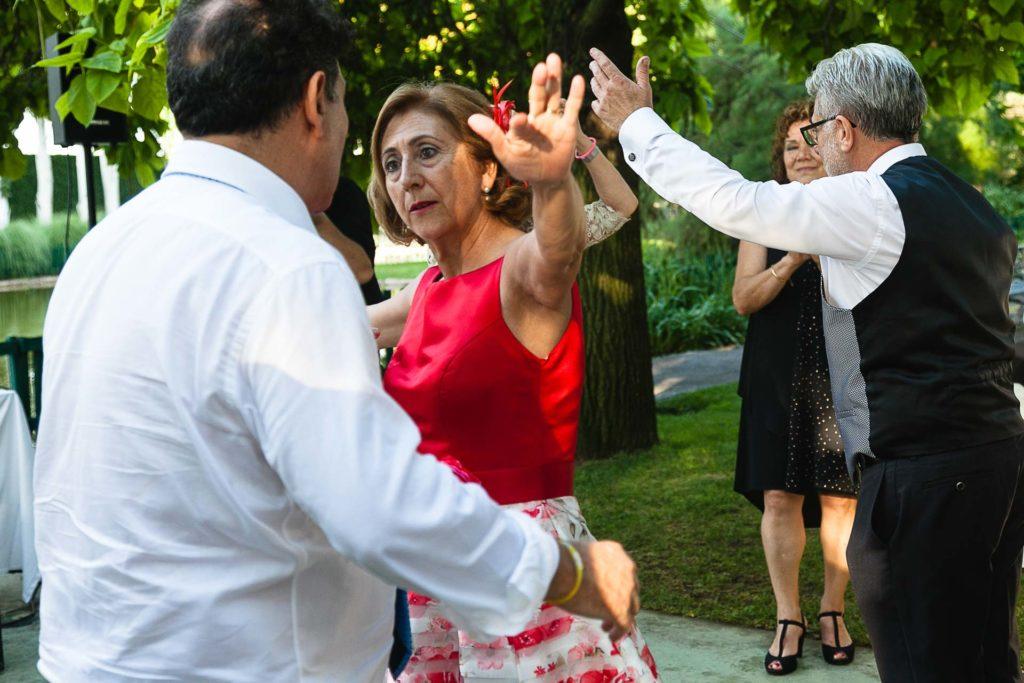 Boda Finca La Quinta Zaragoza Baile Invitados Sevillanas