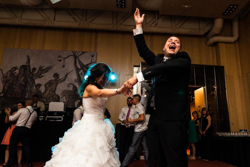 Boda Hotel Alfonso Zaragoza Baile Novios Felicidad