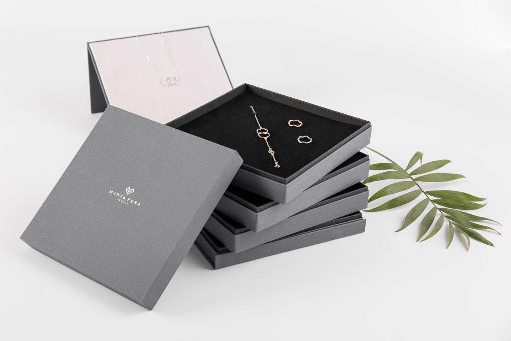 Fotografia de Producto Papeleria diseño Caja