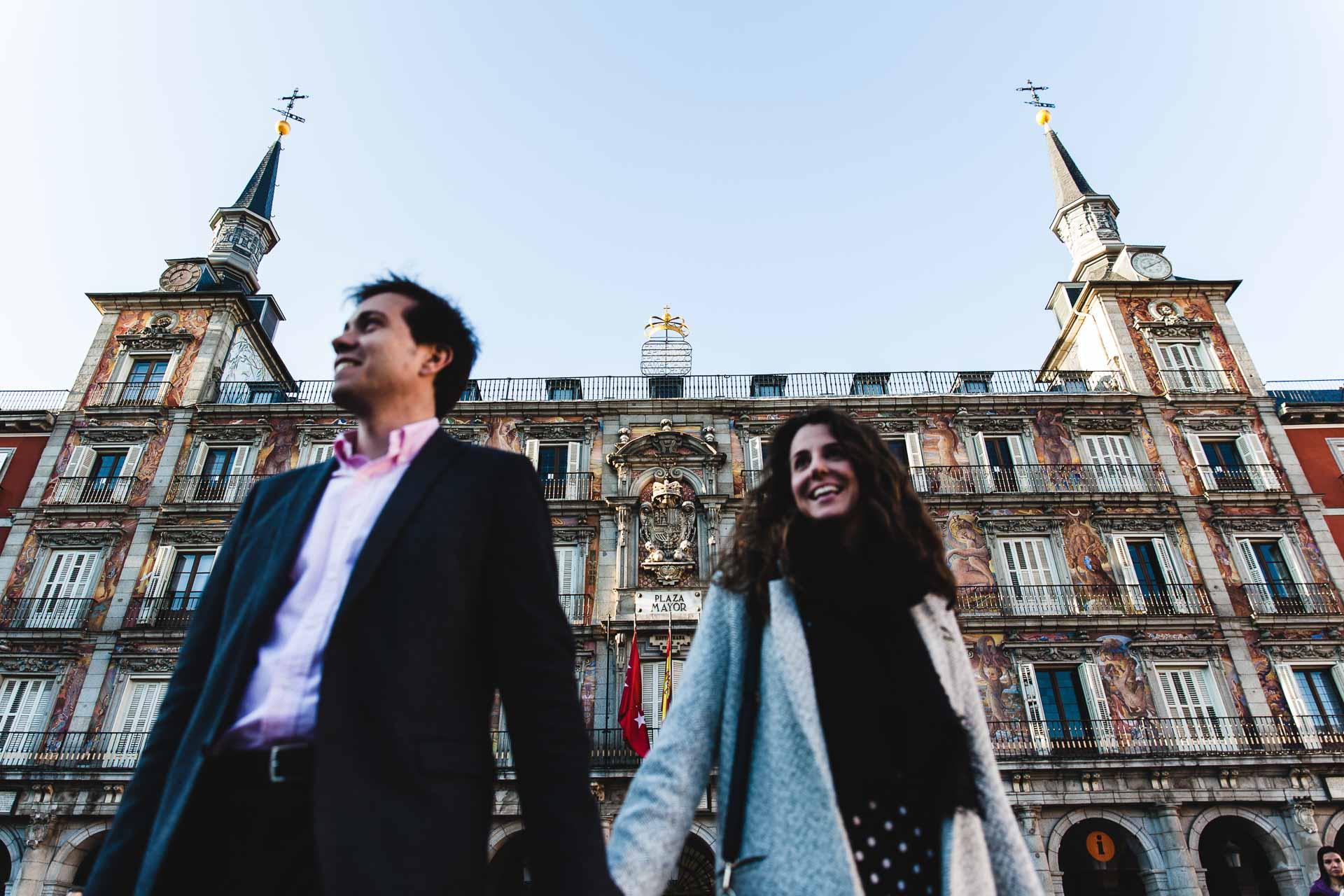 Fotografia Preboda Madrid Sesion pareja Plaza Mayor