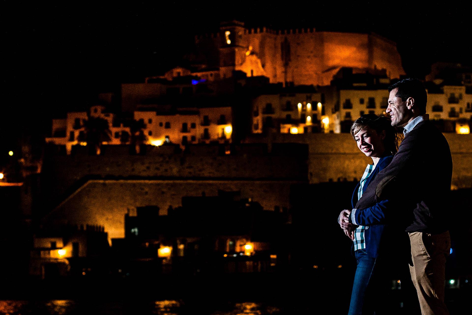 Preboda Peñiscola Sesion de Pareja Castillo Noche
